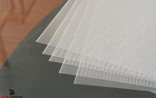 type of lenticular material