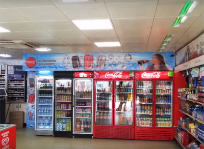 Coca-Cola üç boyutlu tabela